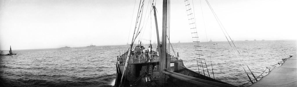 Auguste Genin. Abril de 1914. La Flota Americana frente al Puerto de Veracruz